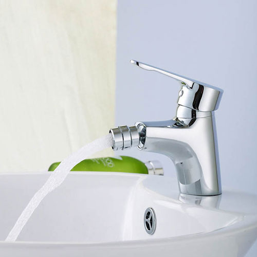How To Choose The Best Bidet Faucet For Your Bathroom
